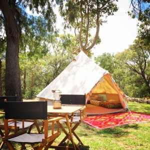 Soul C&ing in a luxury Bell tent hire company specialising in Gl&ing (Glamorous C&ing). : bell tents for hire - memphite.com